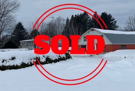1517 Vinette St, Clarence Creek Hobby Farm Sold By Steve Brunet